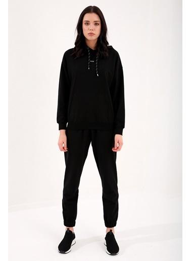 Tommy Life Siyah Kadın Kapüşonlu Kanguru Cep Oversize Lastik Paça Eşofman Takımı - 95288 Renkli